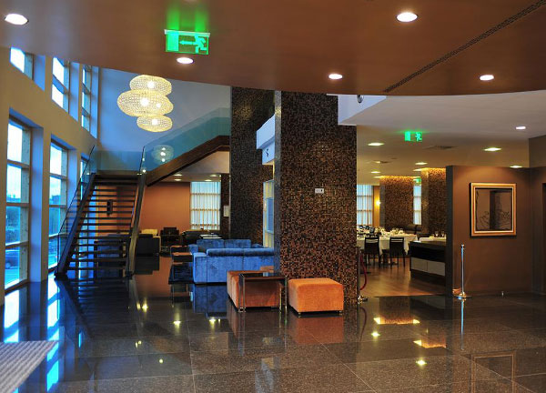 Axis-Hotel-002