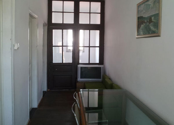 Old-House-003